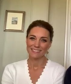 The Duke and Duchess of Cambridge marked the first anniversary of Shout Uk - one of their key mental health services with a video call. Duchess Kate, Duke And Duchess, Duchess Of Cambridge, Princess Kate, Princess Charlotte, Princesse Kate Middleton, Kate Middleton Style, Middleton Family, Pippa Middleton