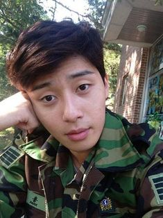 Park Seo-joon (박서준) - Picture @ HanCinema :: The Korean Movie and Drama Database Sung Joon, Joon Park, Park Seo Joon Abs, Handsome Korean Actors, Jung Hyun, Park Min Young, Hyung Sik, Korean Star, Military Service