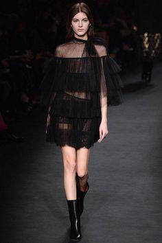 valentino-rtw-fw15-runway-low-res-44 – Vogue