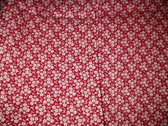 Late Victorian burgundy or cranberry red unused fabric yardage. Vintage Gifts, Vintage Home Decor, Vintage Outfits, Victorian Fabric, Calico Fabric, Victorian Women, Retro Home, Fabric Wallpaper, Vintage Fabrics