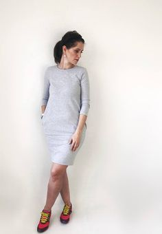 Grey Sweatshirt Dress. #ivlhechoconamor #sweaterdress #sweatshirtdress #dress #casual #casualdress #comfydress #oversizeddress #motherhood #instadress #motherhoodrising #fashionmom #fashionblog #dresses #modernmom #womenootd #ootd #minimaliststyle #minimalistfashion #giftforher #casualstyle #minimalfashion #oversizedsweaters #blackdress #blackisbeautiful #autumndress #alldaydress #momlife