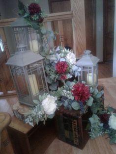 Aisle Markers, Glass Vase, Table, Home Decor, Decoration Home, Room Decor, Tables, Home Interior Design, Desk