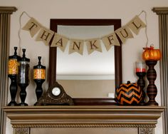THANKFUL burlap banner - Fall sign - Thanksgiving Burlap banner - Autumn banner - Holiday banner on Etsy Thanksgiving Banner, Fall Banner, Holiday Banner, Halloween Banner, Diy Banner, Thanksgiving Decorations, Holiday Fun, Holiday Ideas, Banner Ideas