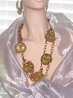 GORGEOUS AUTHENTIC VINTAGE CHANEL NECKLACE BELT GOLD PLATED CC LOGO MEDALLIONS #Chanel #NecklaceBelt