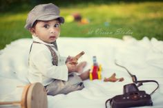 Vintage styled baby photography in Stamford, CT by Art Vision Studio www.art-vision.us