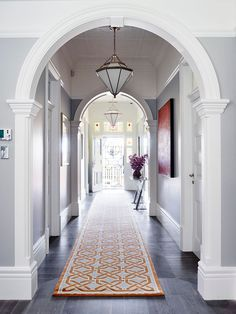 Meet the five Residential Interior finalists for the Belle / Coco Republic Interior Design Awards. Edwardian House, Modern Victorian, Victorian Homes, Best Interior, Home Interior, Victorian Hallway, Interior Design Awards, Hallway Designs, Entry Hallway