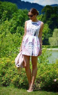 Ladylike  @stilettomeetsespresso