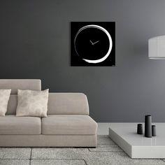 #Reloj de pared, Enso significa círculo y es el tema más común de la caligrafía japonesa. A menudo, el gráfico se acompaña de una frase que explica su significado.
