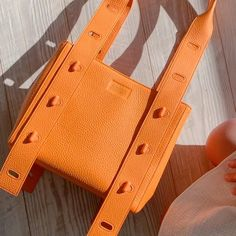 Fashion Handbags, Fashion Bags, Shoe Closet, Things To Buy, Bag Making, Purses And Bags, Jewelry Accessories, Canvas, Leather