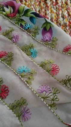 This Pin was discovered by Şen Quilt Pattern, Viking Tattoo Design, Sunflower Tattoo Design, Best Beauty Tips, Homemade Beauty Products, Lace Making, Foot Tattoos, Crochet Stitches, Baby Knitting