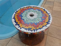 Mesa Carretel com rodízios Mosaico de Azulejos Tampo de 50cm