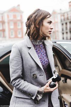 Alexa Chung  - London Fashion Week.  (February 2015)