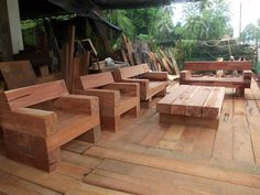 use railroad ties for table