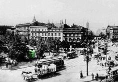 Um die Jahrhundertwende war Berlin die wirtschaftlich dominierende Stadt Deutschlands geworden. Hier konzentrierten sich etwa ein Zwölftel aller Industrieunternehmen und fast ein Zehntel aller in der Industrie Beschäftigten. Die Friedrichstraße entwickelte sich zum großstädtischen Boulevard im Stadt