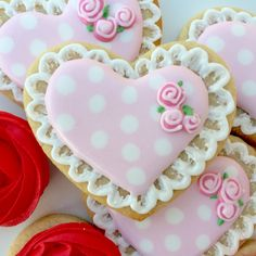 Cookies from Courtney's confections of Oklahoma #decoratedsugarcookies #pinkhearts #heartcookies @courtneysconfectionsok