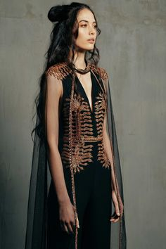 Tribal boho fantasy fashion couture for fairy woodland warrior elves. Curated fashion inspiration for your next favorite look Looks Street Style, Looks Style, Runway Fashion, High Fashion, Gold Fashion, Tribal Fashion Style, Fashion Kids, Fashion Clothes, Fashion Cape