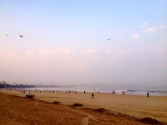 Mumbai-Morning-Juhu-Beach