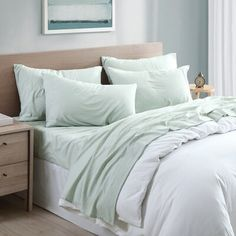Light Green Bedrooms, Green And White Bedroom, Green Rooms, Mint Green Bedding, Green Comforter, Sage Bedroom, Master Bedroom, Green Bed Sheets, Sage Green Kitchen