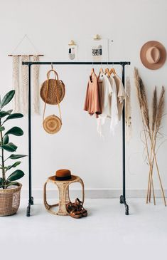 Interior Design   22 Dreamy Pampas Grass Decor Ideas For Sophisticated Minimal Interiors To Try Now