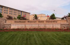 Southeast Missouri State University fountains in Cape Girardeau, Missouri  by Eridony, via Flickr