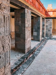 Ultimate Guide to Visiting and Discovering Teotihuacán; the Mexican Pyramid of the Sun | The Creative Adventurer Aztec Temple, Diego Rivera Frida Kahlo, Conquistador, Encaustic Painting, Chalk Pastels, Linocut Prints, Mexico City, Historical Sites, Mexican