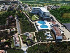 Mükemmel konumu, hayran kalacağınız Akdeniz ve Beşparmak Dağları manzarası ile Malpas Hotel & Casino; konaklama, tatil,yiyecek içecek departmanları, davet ve toplantı salonları,SPA merkezi, özel Cornaro Beach Club'ı ve Casino'su ile en üstün kaliteyi sunmayı hedefleyen ayrıcalıklı 5 yıldızlı bir tesistir.