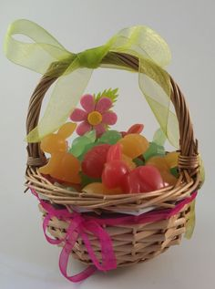 Easter Soap Gift basket Πασχαλινά σαπουνάκια σε καλάθι