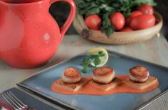 Seared Scallops on Parmesan Polenta Cakes with Tomato Butter Sauce | Southern Boy Dishes