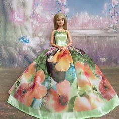 USD $ 7.99 - Barbie Doll Light Green Fantasic Princess Dress, Free Shipping On All Gadgets!