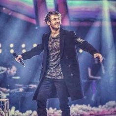 Turkish Beauty, Turkish Fashion, Put On Your Shoes, Turkish Actors, Best Actor, Animals Beautiful, Couple Goals, My Idol, Bff