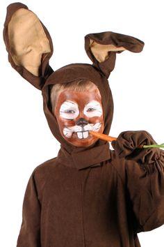 #Tutorial para hacer un maquillaje de conejo para un disfraz de #Carnaval. http://www.guiadelnino.com/ocio-para-ninos/especial-carnaval/10-ideas-para-maquillar-al-nino