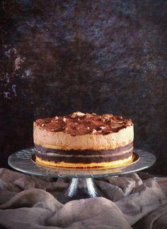 Készítsd el a híres tortát te magad! Hungarian Cake, Hungarian Recipes, Fruit Recipes, Cake Recipes, Mango Cake, Savoury Cake, Cakes And More, Coffee Cake, Cake Decorating