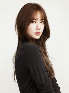 See-Through bangs/ fringe korean hairstyle medium bangs, korean haircut long, asian Fringe Hairstyles, Hairstyles With Bangs, Trendy Hairstyles, Girl Hairstyles, Asian Hairstyles, Layered Hairstyles, Yoon Eun Hye, Korean Bangs Hairstyle, Hair Bangs