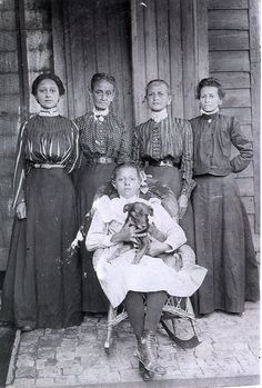 Women of Fauberg Treme, New Orleans. 1890's?