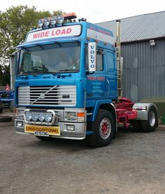 VOLVO - F Volvo Trucks, Classic Trucks, Vehicles, Trucks, Classic Pickup Trucks, Rolling Stock, Vehicle, Classic Cars, Tools