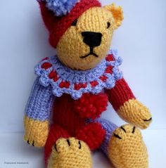 Bear time, a cute little bear (20cm)