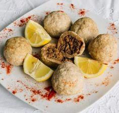 Ισλί κιοφτέ της Ιζαμπέλας της Αρμένισσας! Camembert Cheese, Ethnic Recipes, Food, Essen, Meals, Yemek, Eten