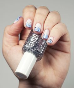 Winter nail art // Essie #nail #nails #nailart