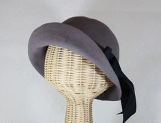Edith- by Bonnet