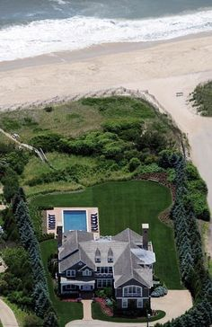 Hamptons style cedar shingle home....right on the beach, dream come true