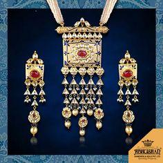 Gold Jewellery Design Necklace, Gold Jewelry, Jewelry Design Drawing, Jewellery Sketches, India Jewelry, Imitation Jewelry, Bridal Jewelry, Antique Jewelry, Jewelry Collection