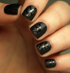 Elegant contrast of matte and glossy stripes ~ by The Nailasaurus