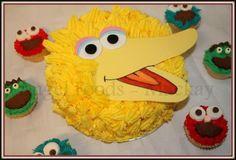 New Cupcakes Birthday Cake Big Ideas Sesame Street Cupcakes, Sesame Street Cake, Sesame Street Birthday, Wedding Cakes With Cupcakes, Fun Cupcakes, Cake Pictures, Cake Pics, Big Bird Cakes, Character Cupcakes