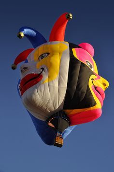 My favorite new balloon at this year's Albuquerque International Balloon Fiesta. Like many of the newer special shape balloons, Triple Clown is from Brazil. Clown Balloons, Helium Balloons, Air Ballon, Hot Air Balloon, Albuquerque Balloon Festival, Balloons Galore, Balloon Flights, Vintage Neon Signs, Balloon Rides