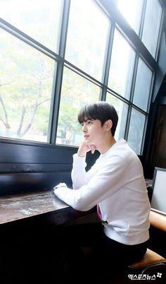 Cha Eun Woo, Hyun Woo, Korean Bands, South Korean Boy Band, Yang Yang Actor, Cha Eunwoo Astro, Astro Wallpaper, Lee Dong Min, Ballerinas