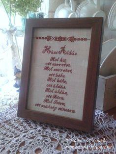 Újabb Házi Áldás készült...ezúttal bordó színnel hímezve :) Szép hétvégét kívánok Mindenkinek! Melinda