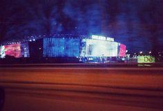 """Hommage du #ghelamco #arena de #Gand  #ghent #Belgique #Belgium #prayforparis #france"""