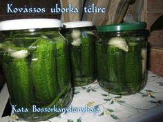 Kovászos uborka télire Pickles, Cucumber, Soup, Pickle, Soup Appetizers, Cauliflowers, Soups, Zucchini, Pickling