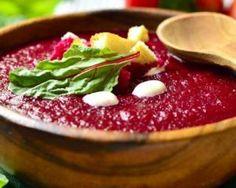 Gaspacho minceur de betterave : http://www.fourchette-et-bikini.fr/recettes/recettes-minceur/gaspacho-minceur-de-betterave.html