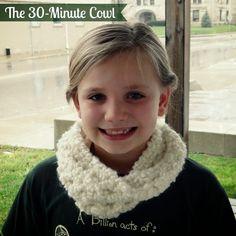 http://illhookyouup.blogspot.com/2014/01/the-30-minute-cowl-free-crochet-pattern.html